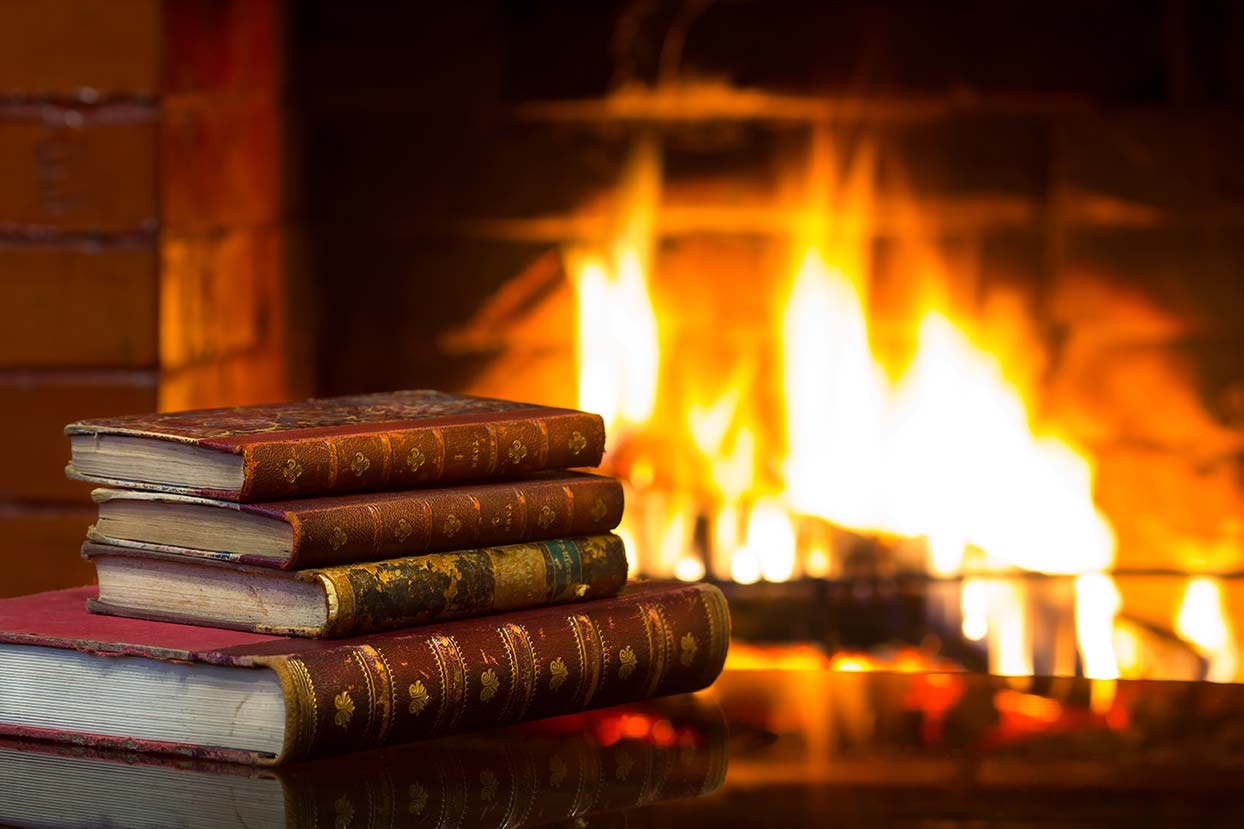 13 famous spooky fireplaces