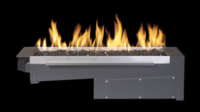 The Regency Plateau Outdoor Burner brings you the design versatility of a linear stainless steel burner to any outdoor landscape.