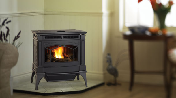 Large size pellet stove made with a traditional
