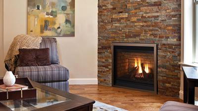 P33 gas fireplace with logs